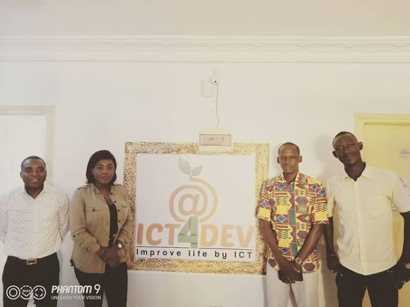 ICT4DEV's Jean-Delmas Ehui (left) presents the digital platform to three managers of Nouvelles Industries Agro-alimentaires in Ivory Coast.