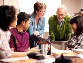 Collibri Foundation steunt onderwijsprojecten in binnen- en buitenland.
