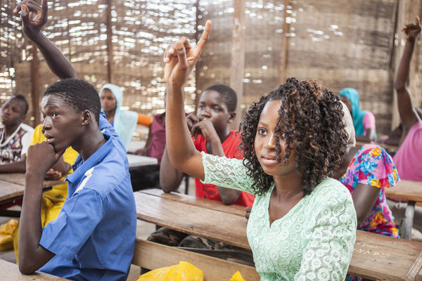 Senegal: girls in school   Collibri Foundation